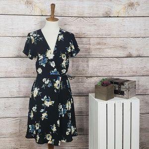Lush Floral Wrap Dress Short Sleeve Black Dress S